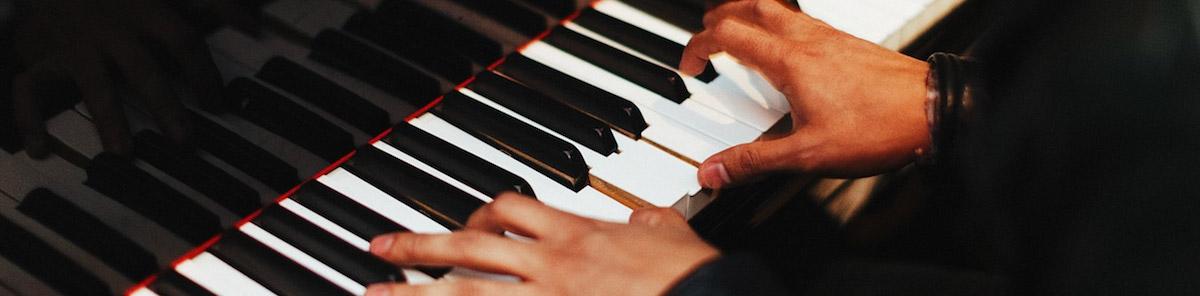 Play Piano Like A Pro